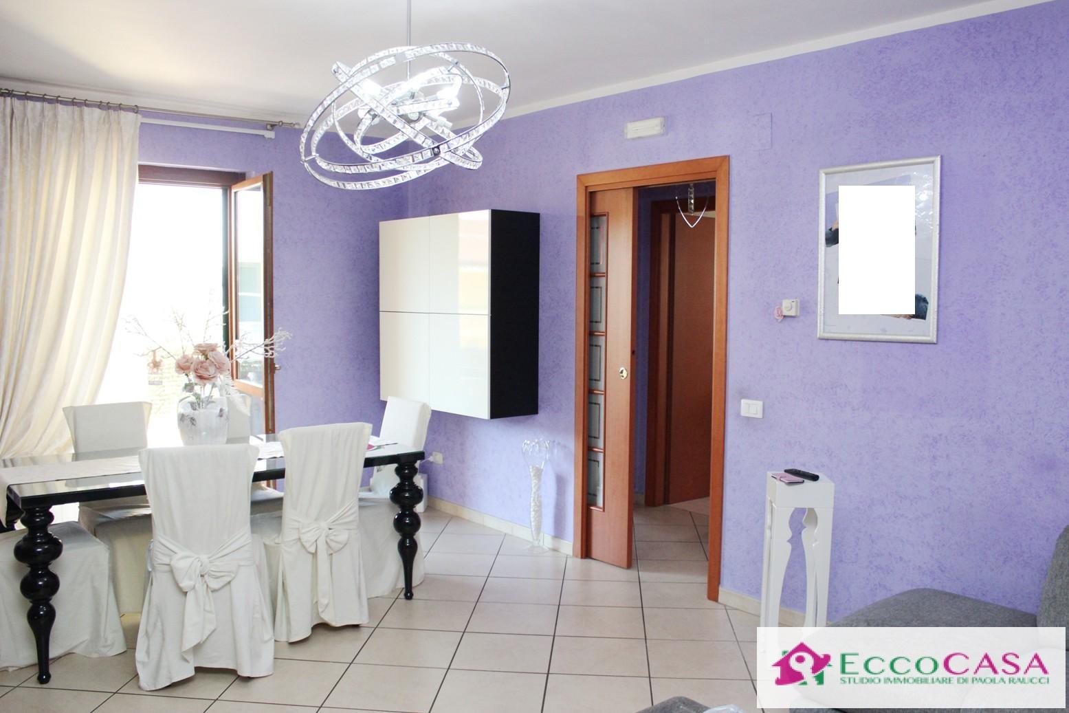 Appartamento in affitto a Maddaloni, 3 locali, prezzo € 325 | CambioCasa.it