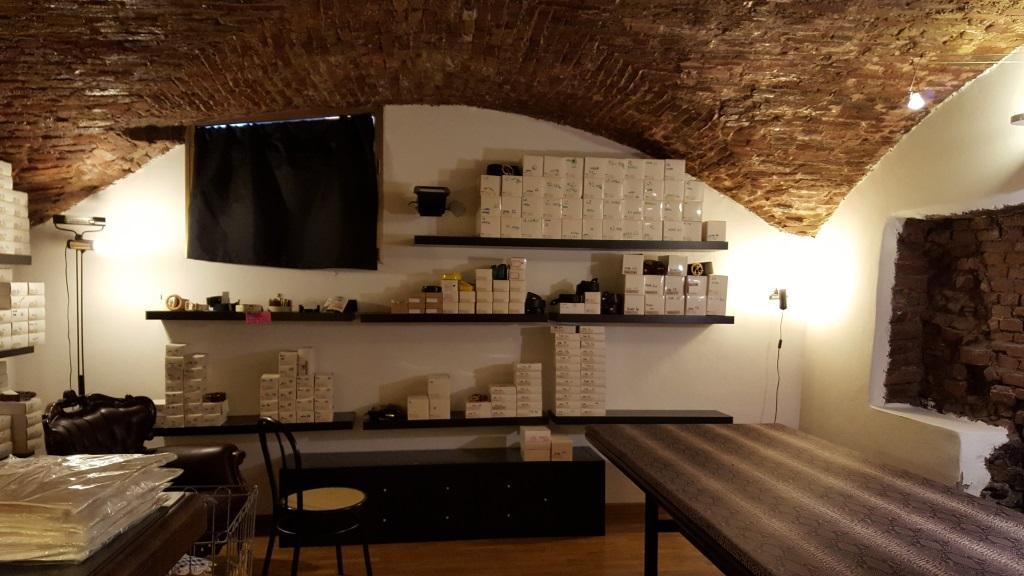 Negozio / Locale in affitto a Bologna, 9999 locali, zona Località: Centrostorico, prezzo € 2.800 | CambioCasa.it
