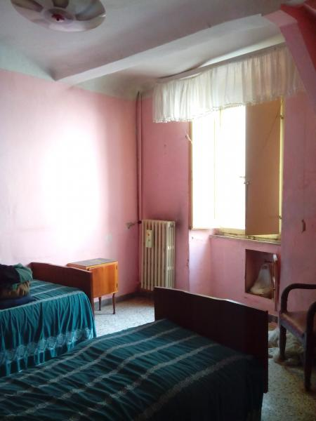 Appartamento in vendita a Ascoli Piceno, 5 locali, zona Località: CentroStorico, prezzo € 145.000 | CambioCasa.it