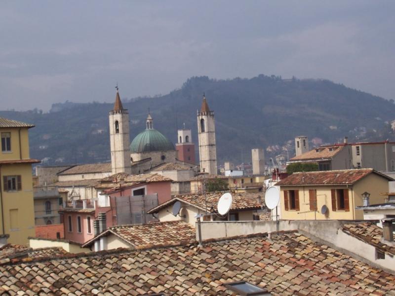 Appartamento in vendita a Ascoli Piceno, 6 locali, zona Località: CentroStorico, prezzo € 235.000 | CambioCasa.it