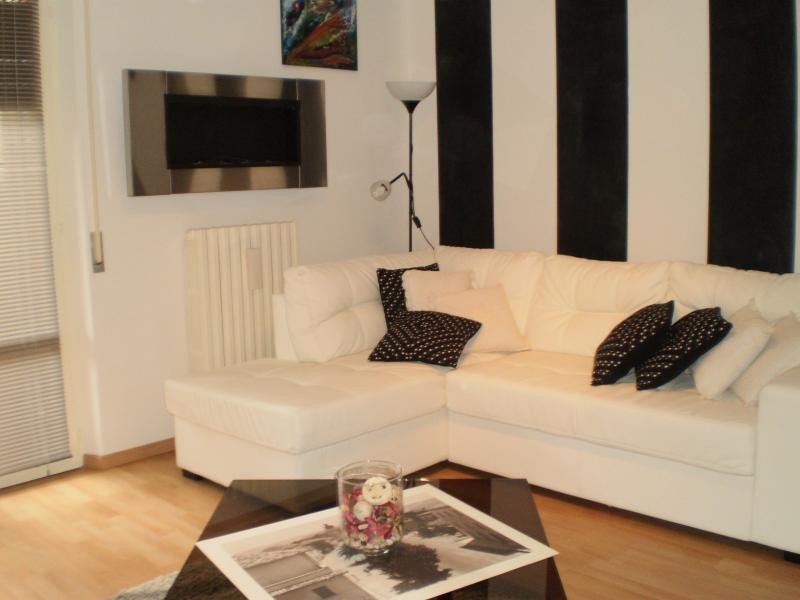 Appartamento in vendita a Castel di Lama, 4 locali, zona Zona: Piattoni, prezzo € 100.000 | Cambio Casa.it
