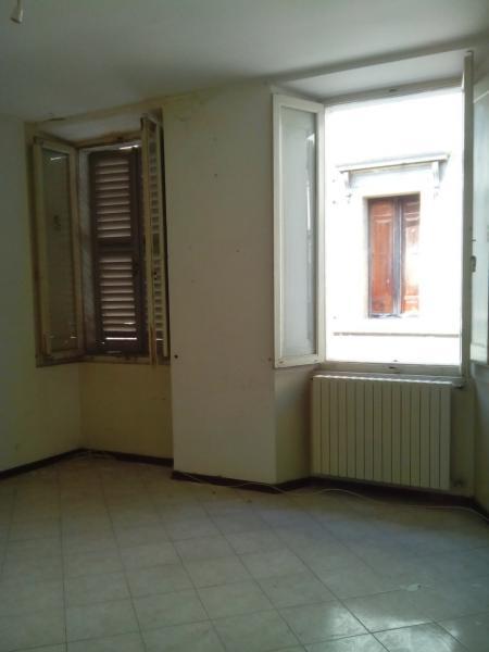 Appartamento in vendita a Ascoli Piceno, 4 locali, zona Località: CentroStorico, prezzo € 150.000 | CambioCasa.it