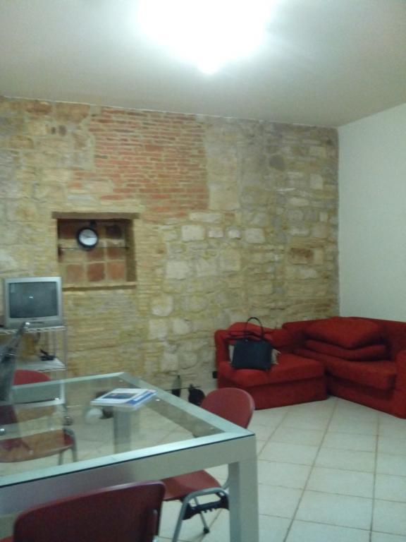 Appartamento in affitto a Ascoli Piceno, 3 locali, zona Località: CentroStorico, prezzo € 450 | CambioCasa.it