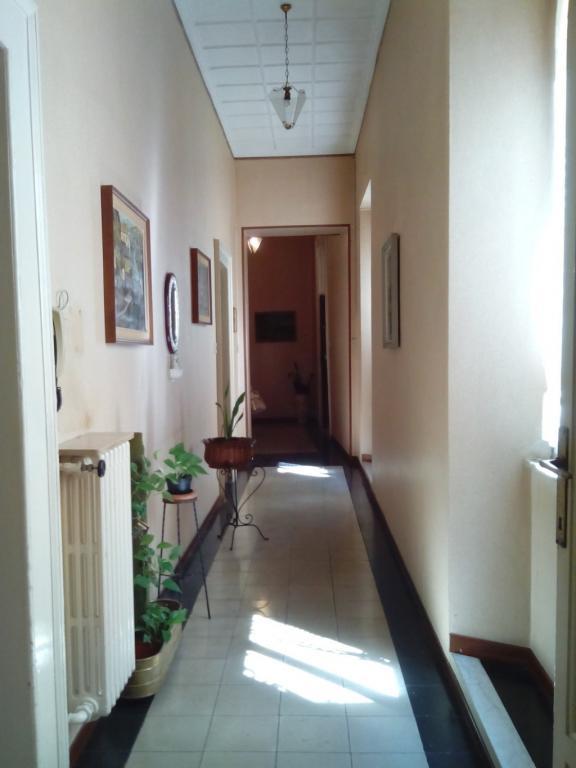 Appartamento in vendita a Ascoli Piceno, 8 locali, zona Località: CentroStorico, prezzo € 380.000 | Cambio Casa.it