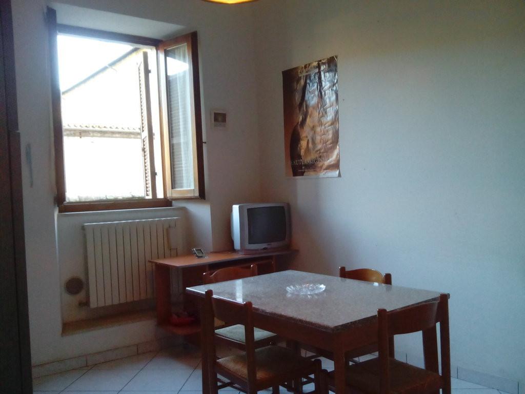 Bilocale Ascoli Piceno Centro Storico 2