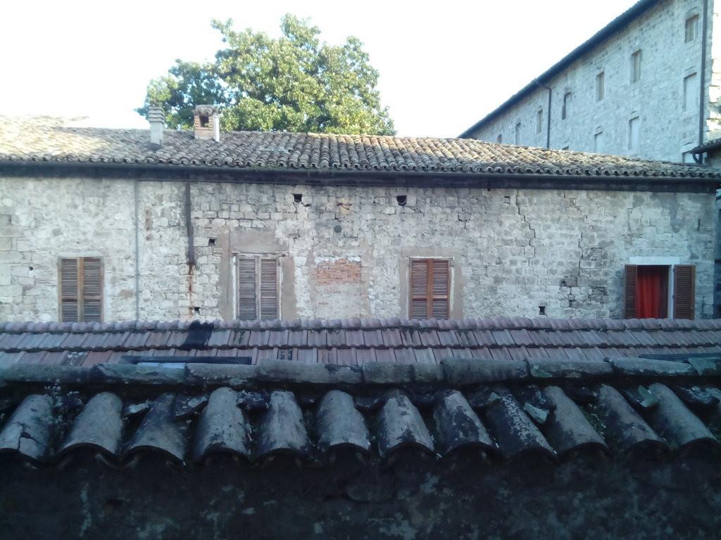 Bilocale Ascoli Piceno Centro Storico 10