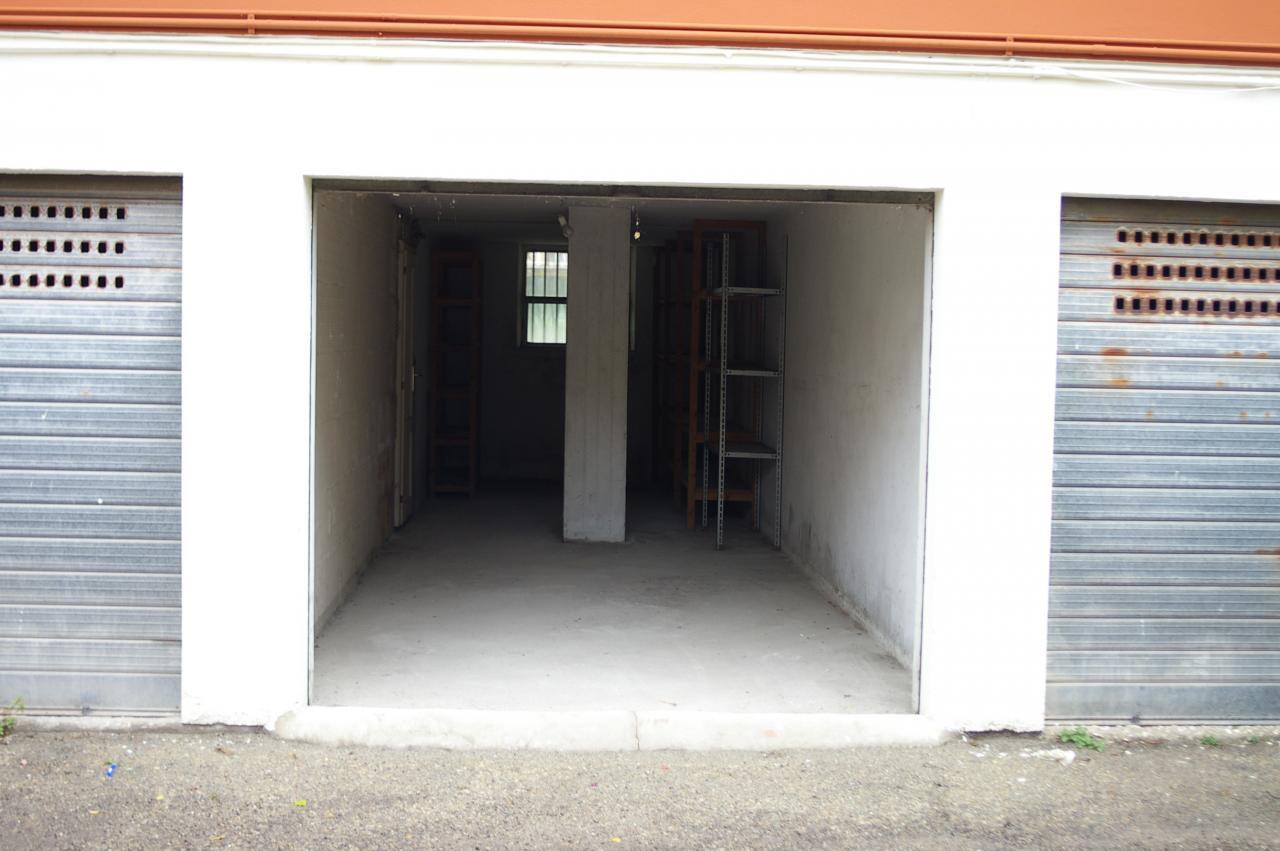 Case e appartamenti in affitto a san benedetto del tronto for 3 dimensioni del garage di stallo