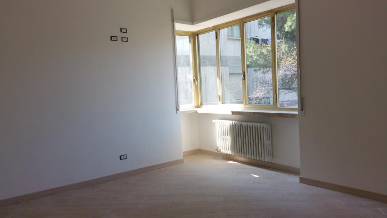 Appartamento in affitto a Ascoli Piceno, 3 locali, zona Località: CampoParignano, prezzo € 480 | Cambio Casa.it