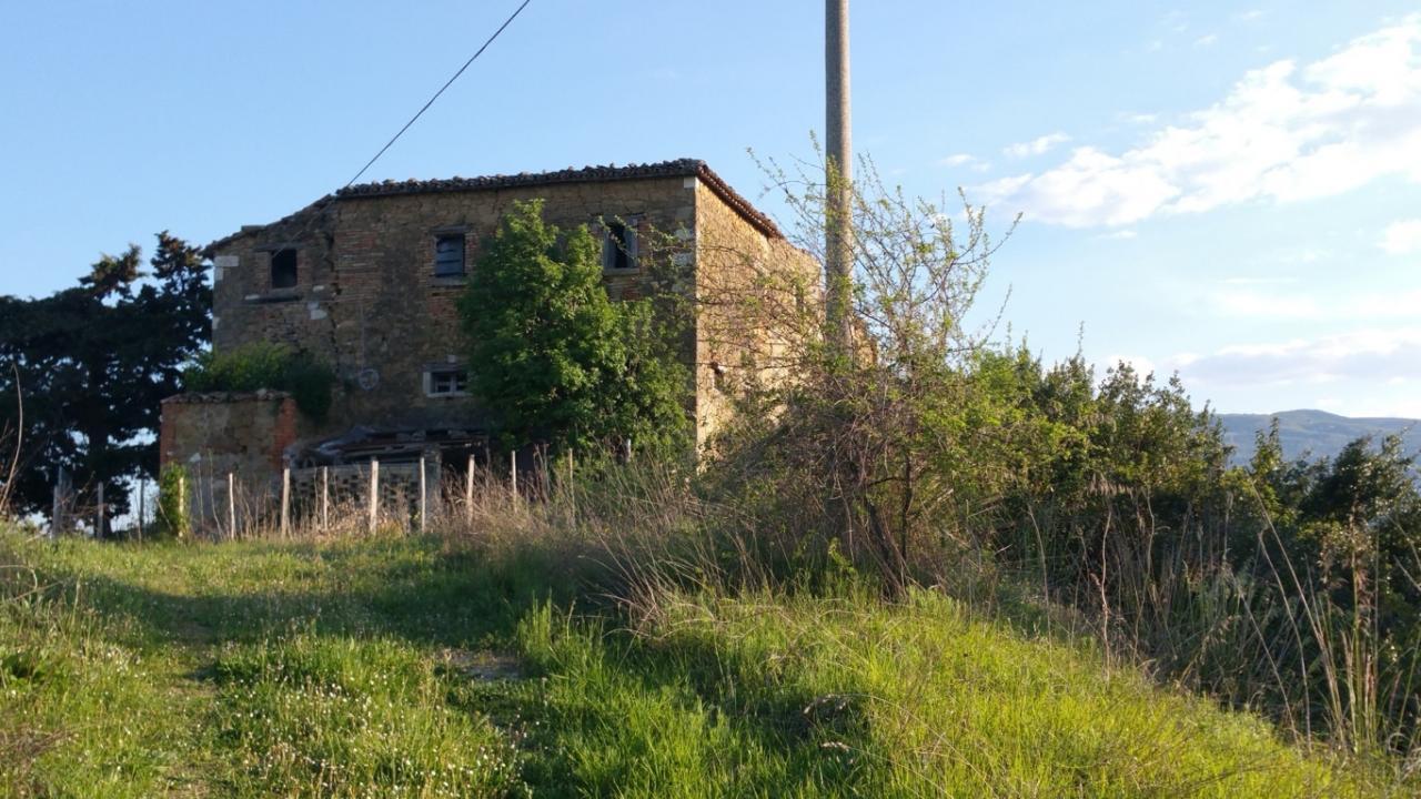 Rustico / Casale in vendita a Ascoli Piceno, 10 locali, zona Località: MonticelliAlto, Trattative riservate | Cambio Casa.it