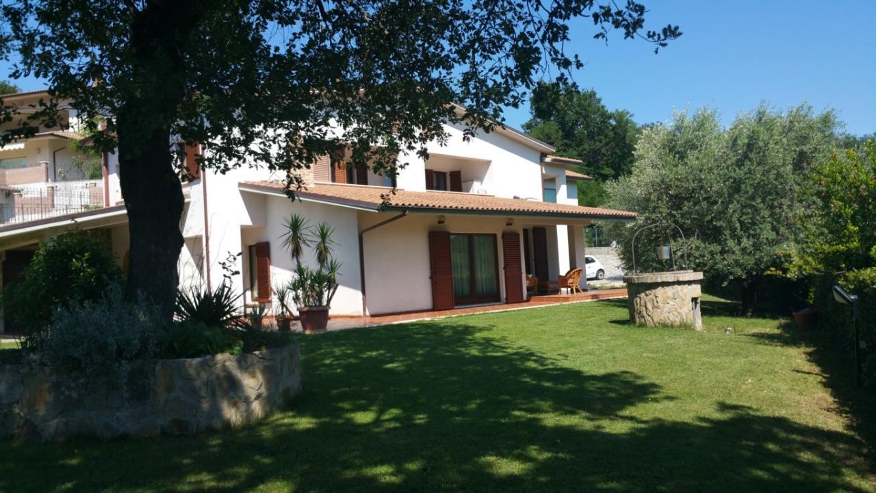 Villa in Vendita a Venarotta