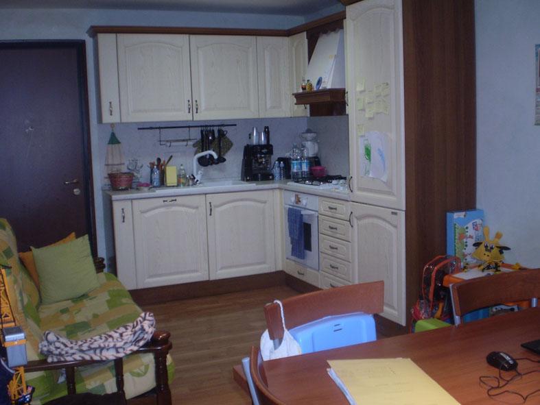 Appartamento in vendita a Ascoli Piceno, 3 locali, zona Località: CentroStorico, prezzo € 80.000 | Cambio Casa.it