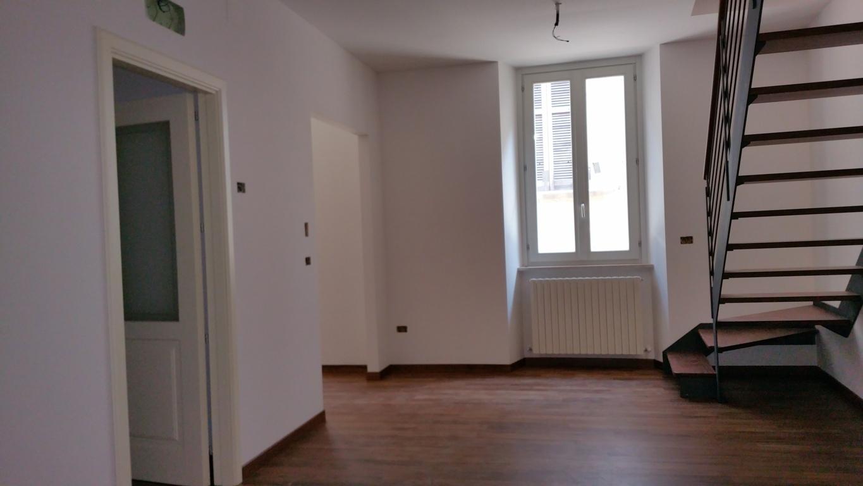 Appartamento in vendita a Ascoli Piceno, 5 locali, zona Località: CentroStorico, prezzo € 200.000 | CambioCasa.it