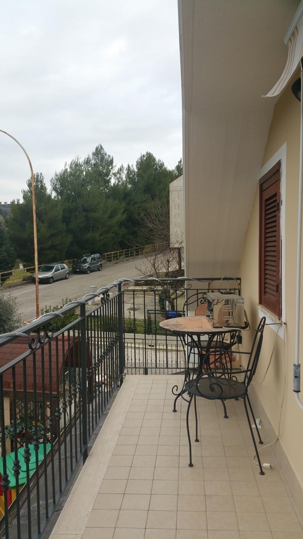 Appartamento in vendita a Ascoli Piceno, 3 locali, zona Zona: Monticelli, prezzo € 140.000 | Cambio Casa.it