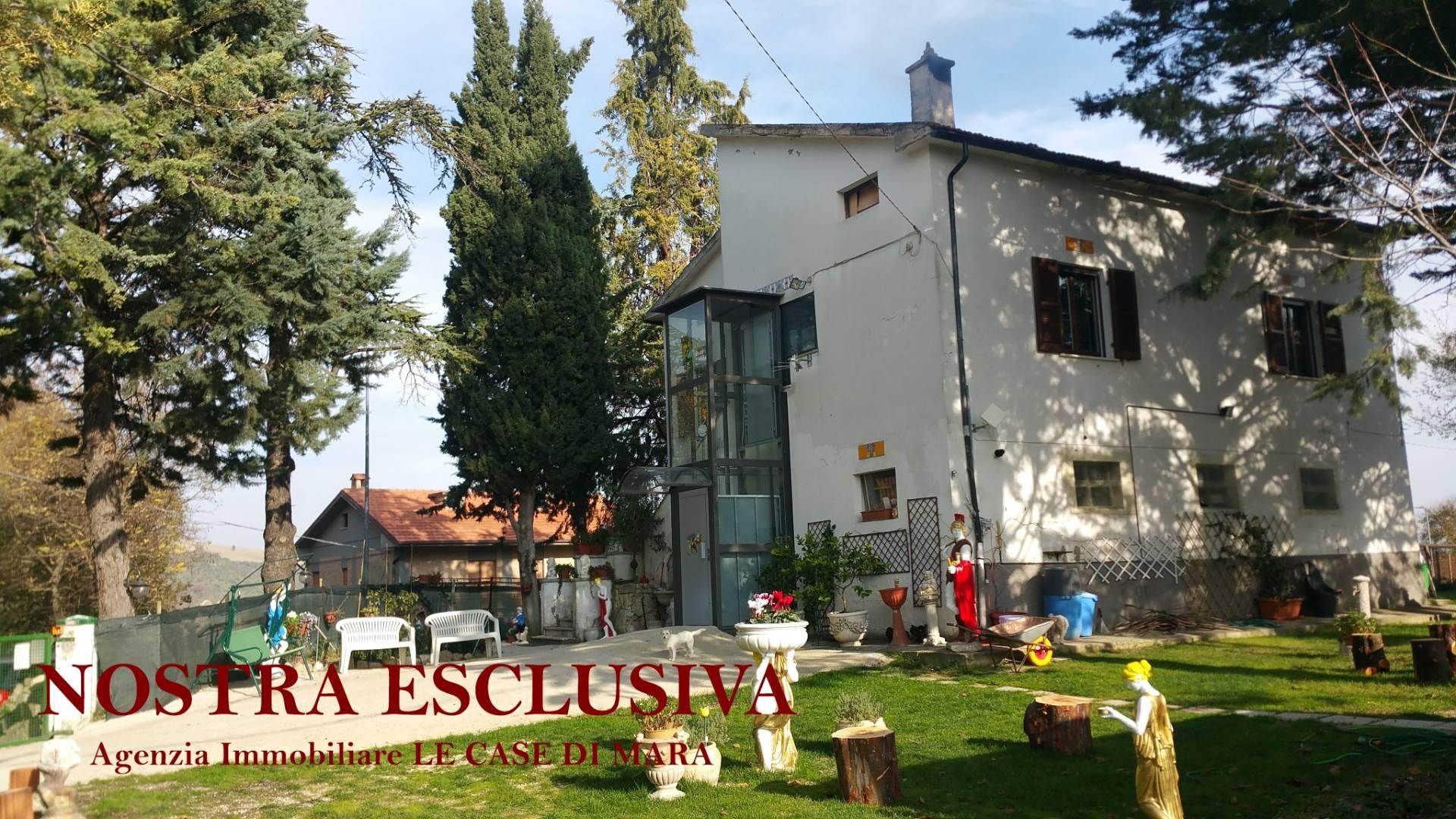 Rustico / Casale in vendita a Ascoli Piceno, 7 locali, zona Località: MonticelliAlto, prezzo € 270.000 | CambioCasa.it