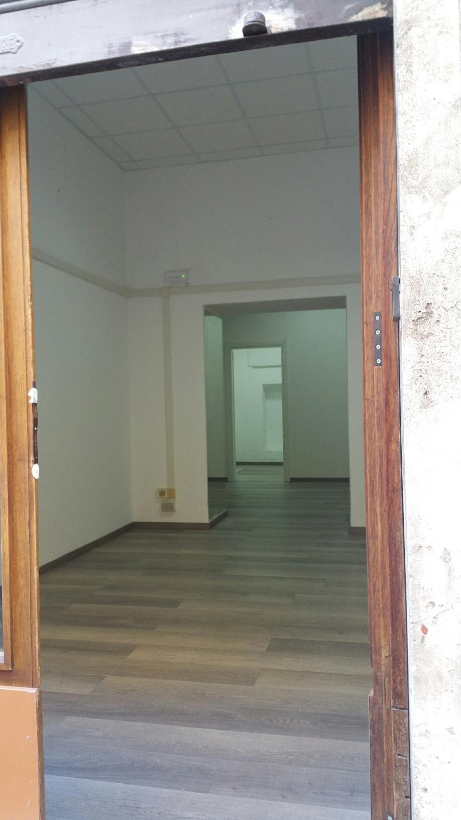 Negozio / Locale in affitto a Ascoli Piceno, 9999 locali, zona Località: CentroStorico, prezzo € 600 | CambioCasa.it