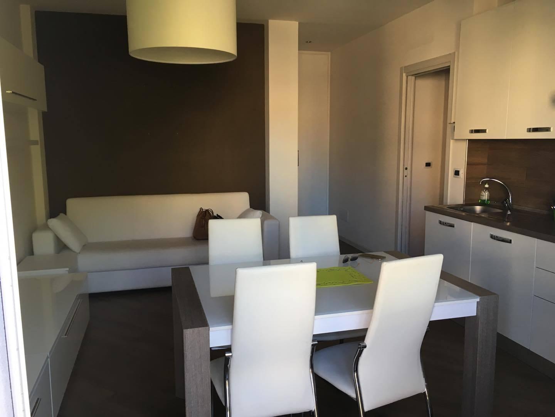 Appartamento in affitto a Ascoli Piceno, 4 locali, zona Località: PortaMaggiore, prezzo € 500 | CambioCasa.it