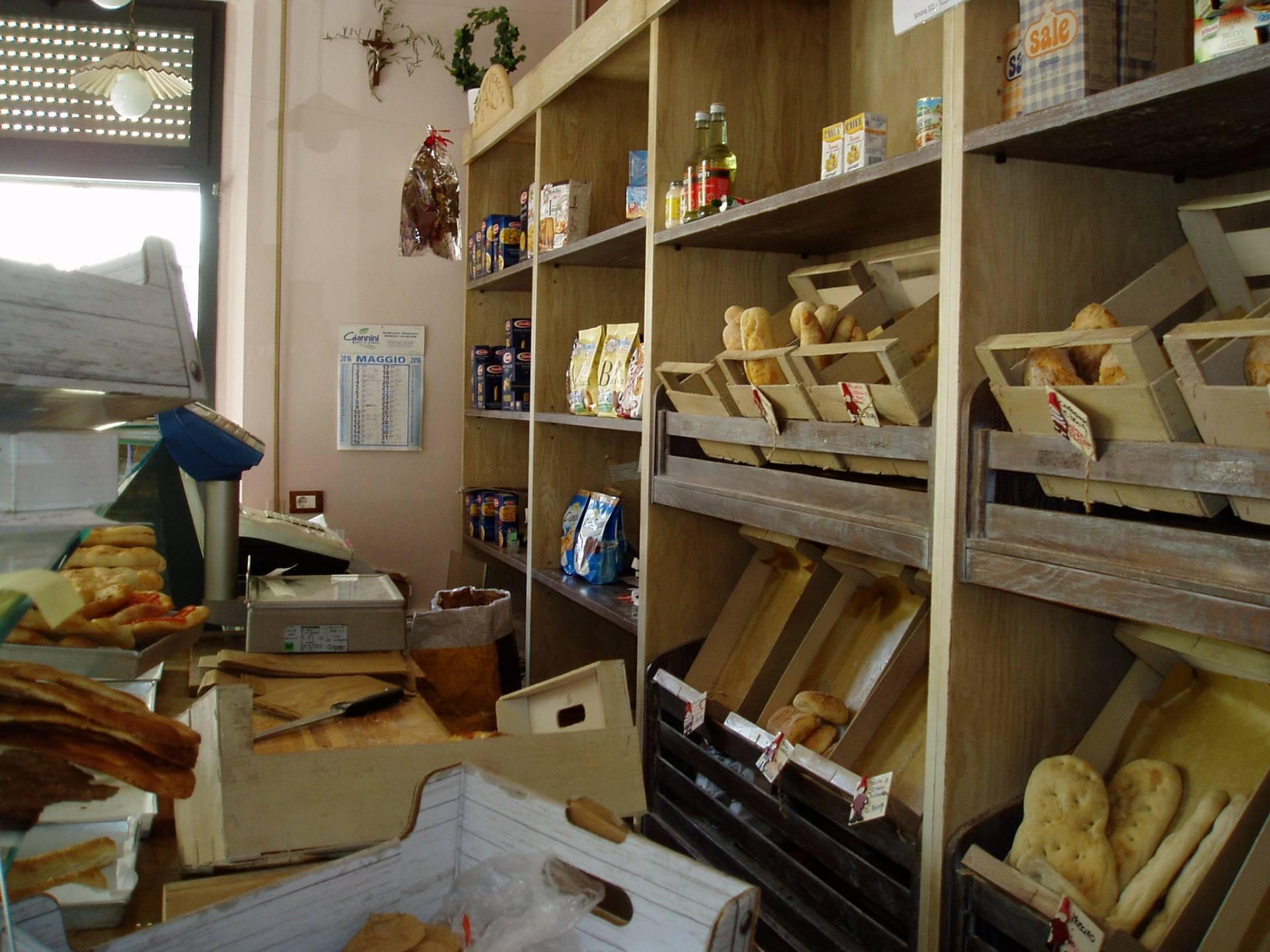 Negozio / Locale in vendita a Viareggio, 9999 locali, zona Località: Centro, prezzo € 35.000 | Cambio Casa.it
