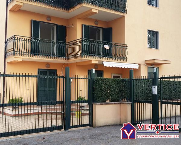 Appartamento in vendita a Fondi, 3 locali, zona Località: Semicentro, prezzo € 140.000 | Cambiocasa.it