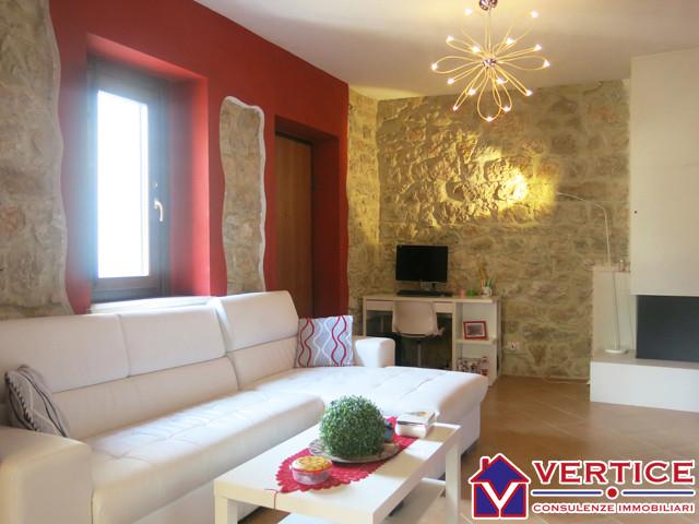 Appartamento in vendita a Fondi, 3 locali, zona Località: Querce, prezzo € 130.000 | Cambiocasa.it