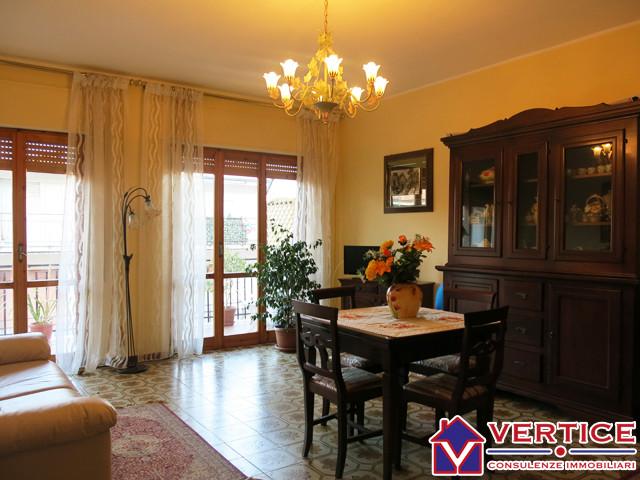 Appartamento in vendita a Fondi, 4 locali, zona Località: Semicentro, prezzo € 128.000 | Cambiocasa.it