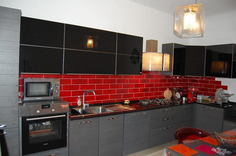 Soluzione Semindipendente in vendita a San Benedetto del Tronto, 4 locali, zona Località: centrale, prezzo € 315.000 | CambioCasa.it