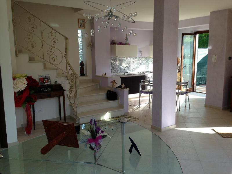 Villa a Schiera in Vendita a Acquaviva Picena