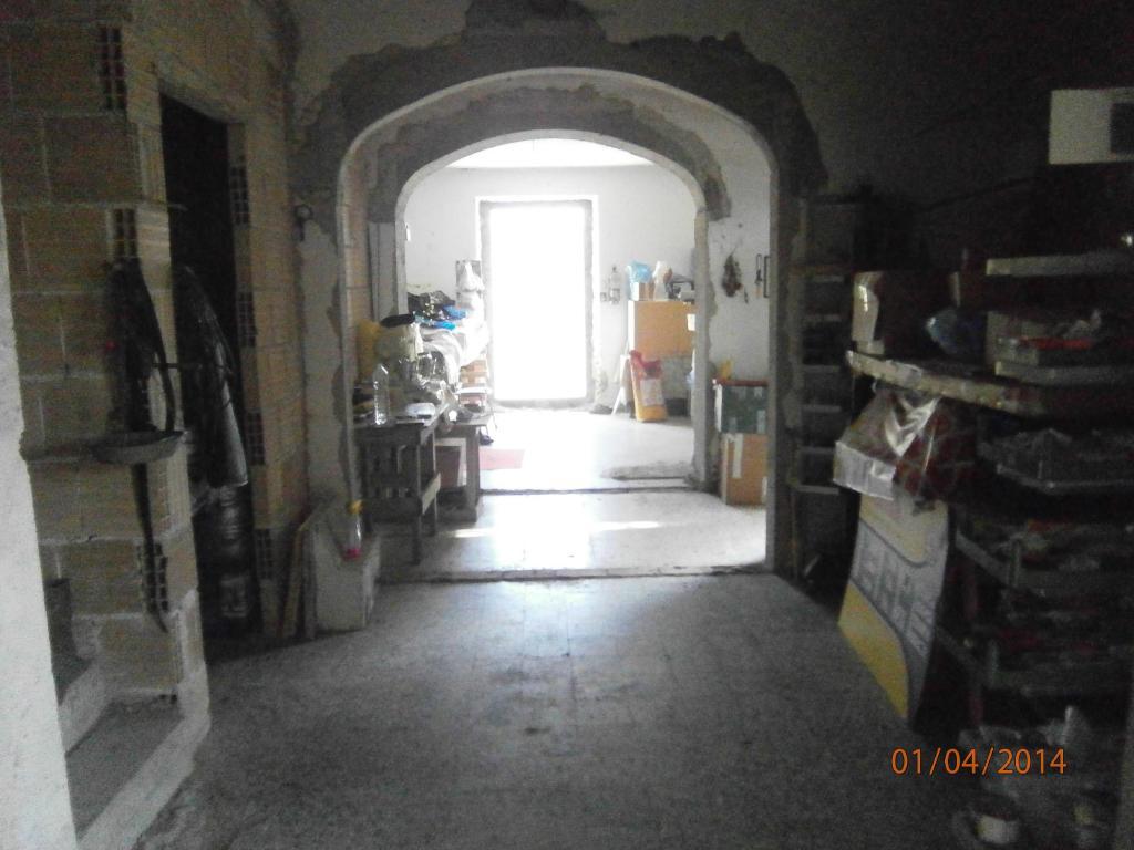 Rustico / Casale in vendita a Monteprandone, 10 locali, zona Zona: Centobuchi, prezzo € 170.000 | CambioCasa.it