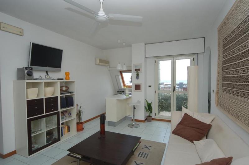 Appartamento in vendita a San Benedetto del Tronto, 3 locali, zona Località: centrale, prezzo € 180.000 | CambioCasa.it