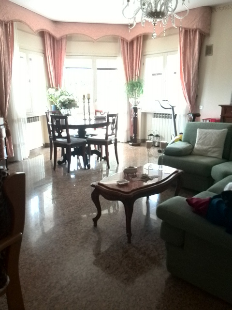 Villa in vendita a Acquaviva Picena, 15 locali, prezzo € 600.000   CambioCasa.it