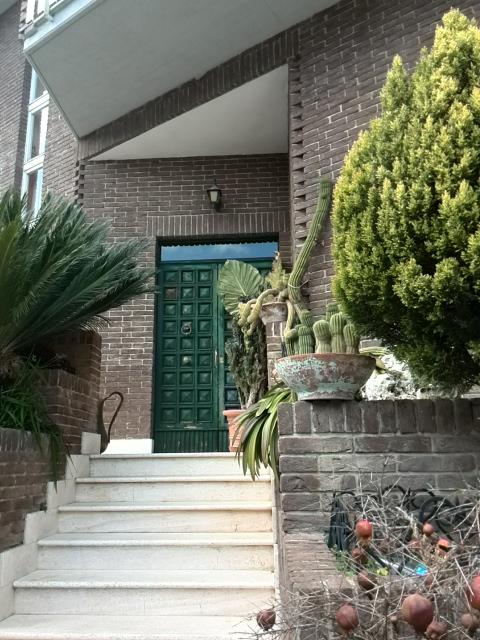 Villa in vendita a Acquaviva Picena, 19 locali, Trattative riservate | CambioCasa.it