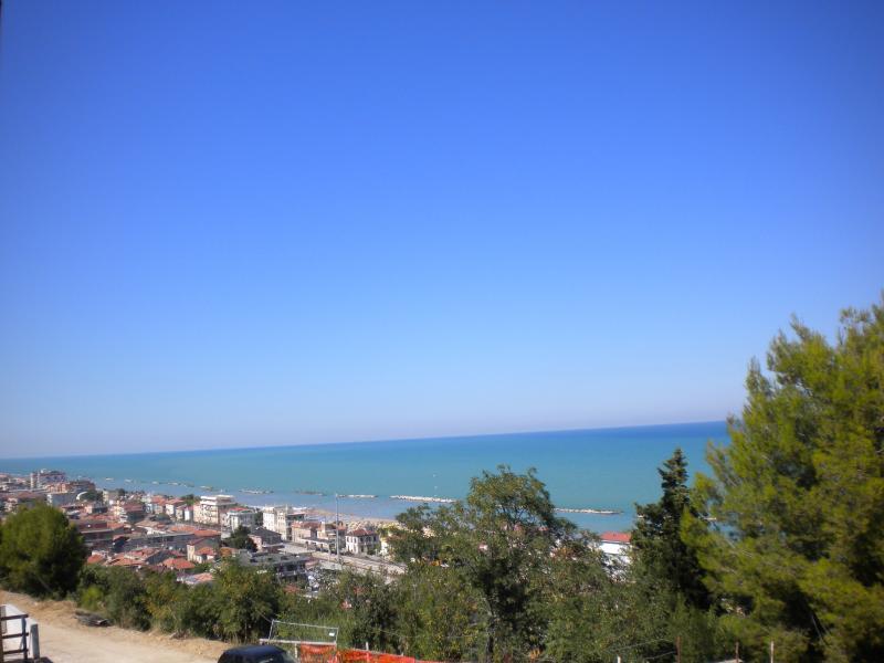 Appartamento in vendita a Cupra Marittima, 3 locali,  | Cambiocasa.it