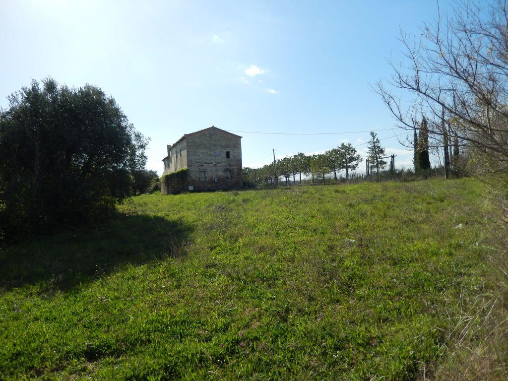 Rustico / Casale in vendita a Cupra Marittima, 18 locali, prezzo € 300.000 | Cambiocasa.it