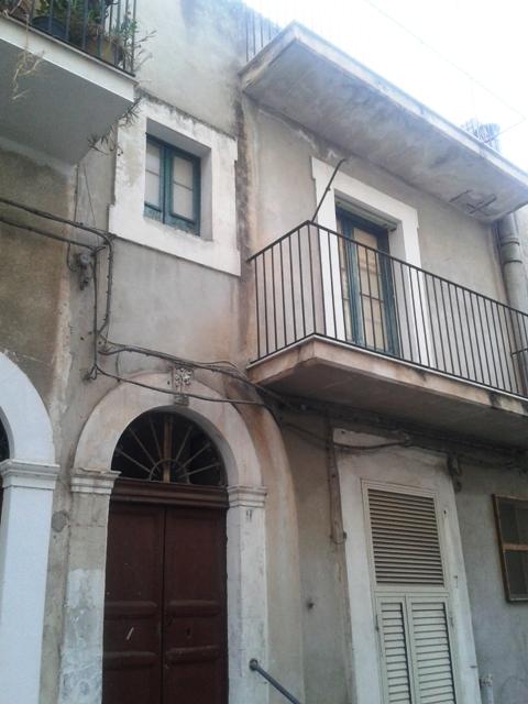 Casa Indipendente vendita SCICLI (RG) - 4 LOCALI - 100 MQ