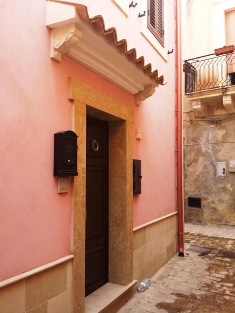 Casa Indipendente vendita SCICLI (RG) - 5 LOCALI - 150 MQ