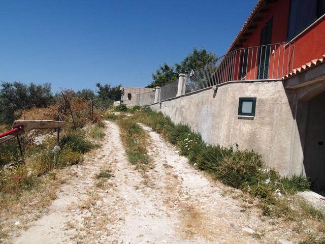 Bilocale Modica Via Vanella 2