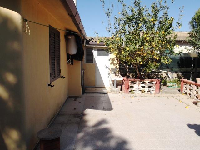 Casa Indipendente vendita SCICLI (RG) - 7 LOCALI - 240 MQ