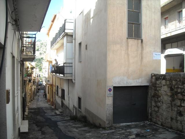 Bilocale Scicli Via Porticale 3