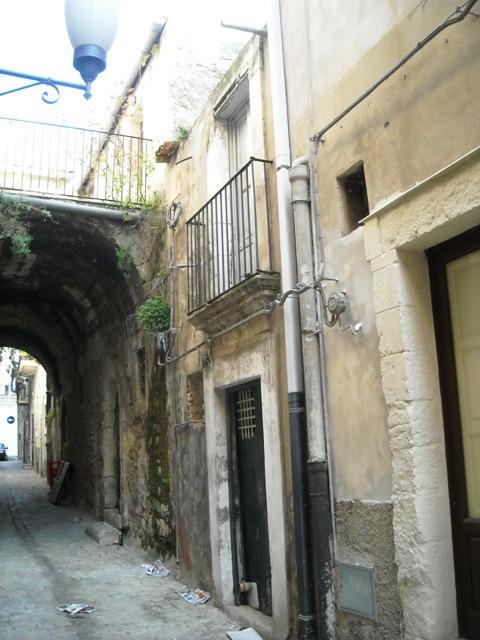 Bilocale Scicli Via Raffaello 2
