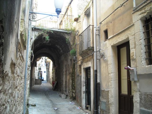 Bilocale Scicli Via Raffaello 5