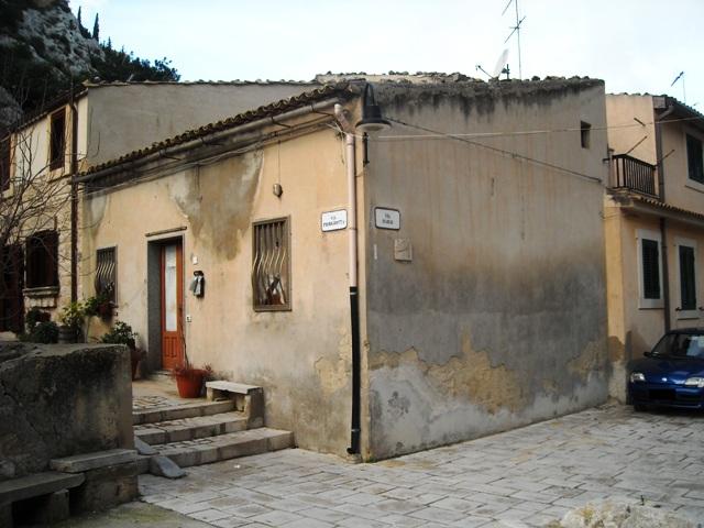 Bilocale Scicli Via Piedigrotta 1
