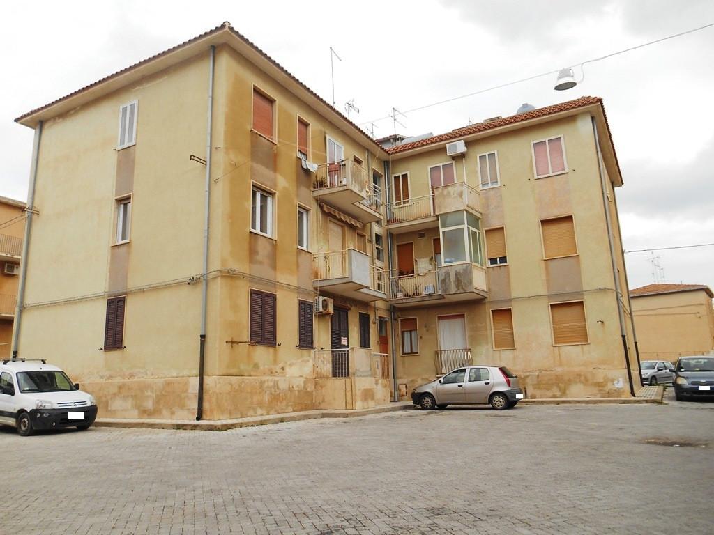 Appartamento vendita SCICLI (RG) - 4 LOCALI - 75 MQ