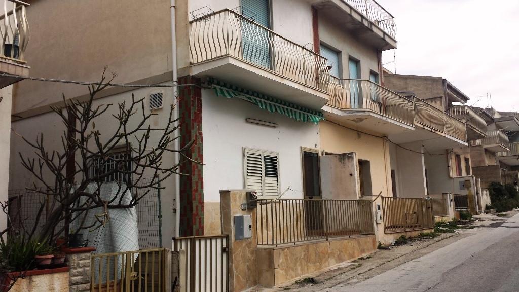Appartamento vendita SCICLI (RG) - 3 LOCALI - 70 MQ