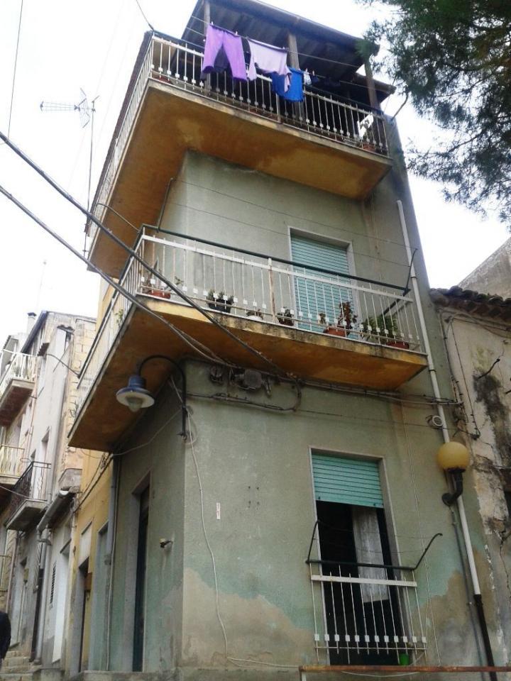 Casa Indipendente vendita SCICLI (RG) - 4 LOCALI - 65 MQ