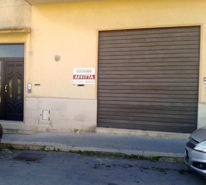 Ufficio / Studio in affitto a Scicli, 9999 locali, zona Zona: Iungi, prezzo € 550 | Cambio Casa.it