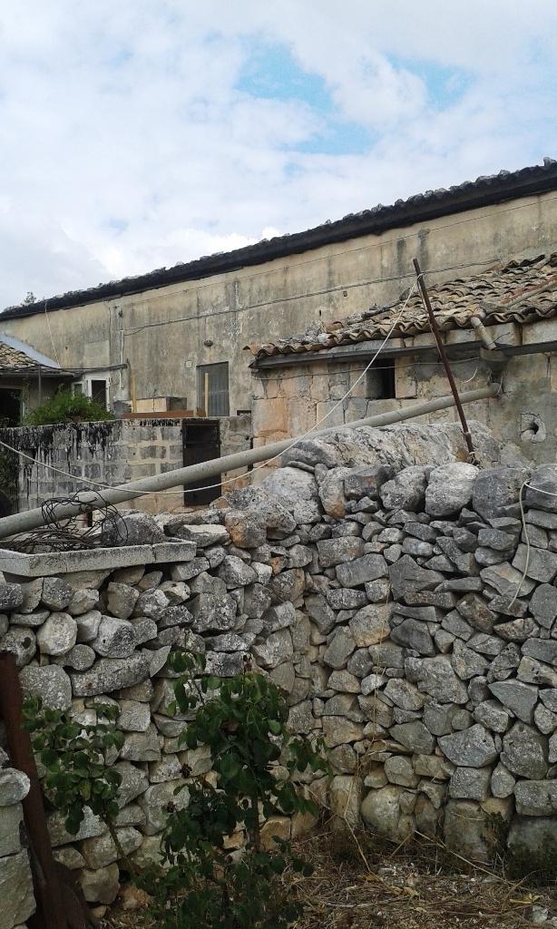 Rustico / Casale in vendita a Modica, 11 locali, Trattative riservate | Cambio Casa.it