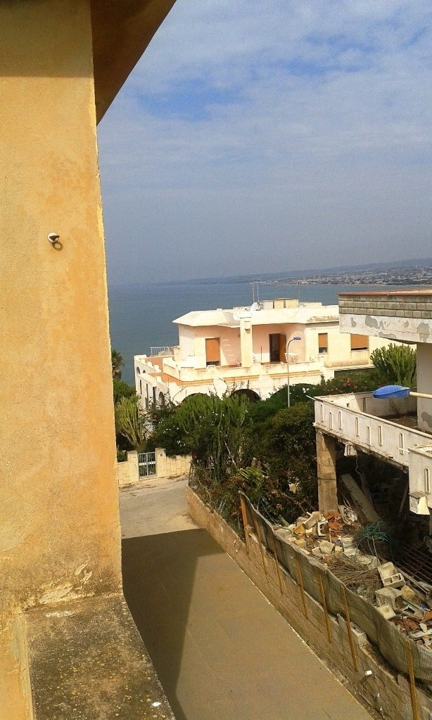Appartamento in vendita a Scicli, 3 locali, zona Località: CavadAliga, prezzo € 90.000 | CambioCasa.it