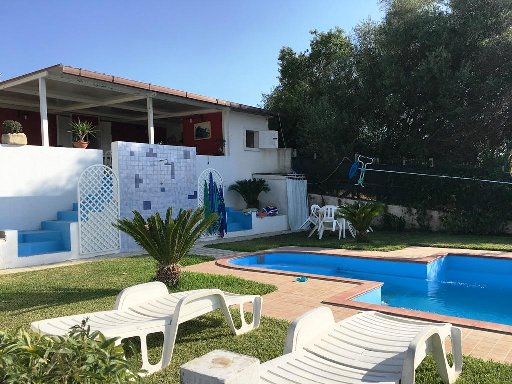 Villa in vendita a Scicli, 6 locali, zona Località: CavadAliga, Trattative riservate | CambioCasa.it