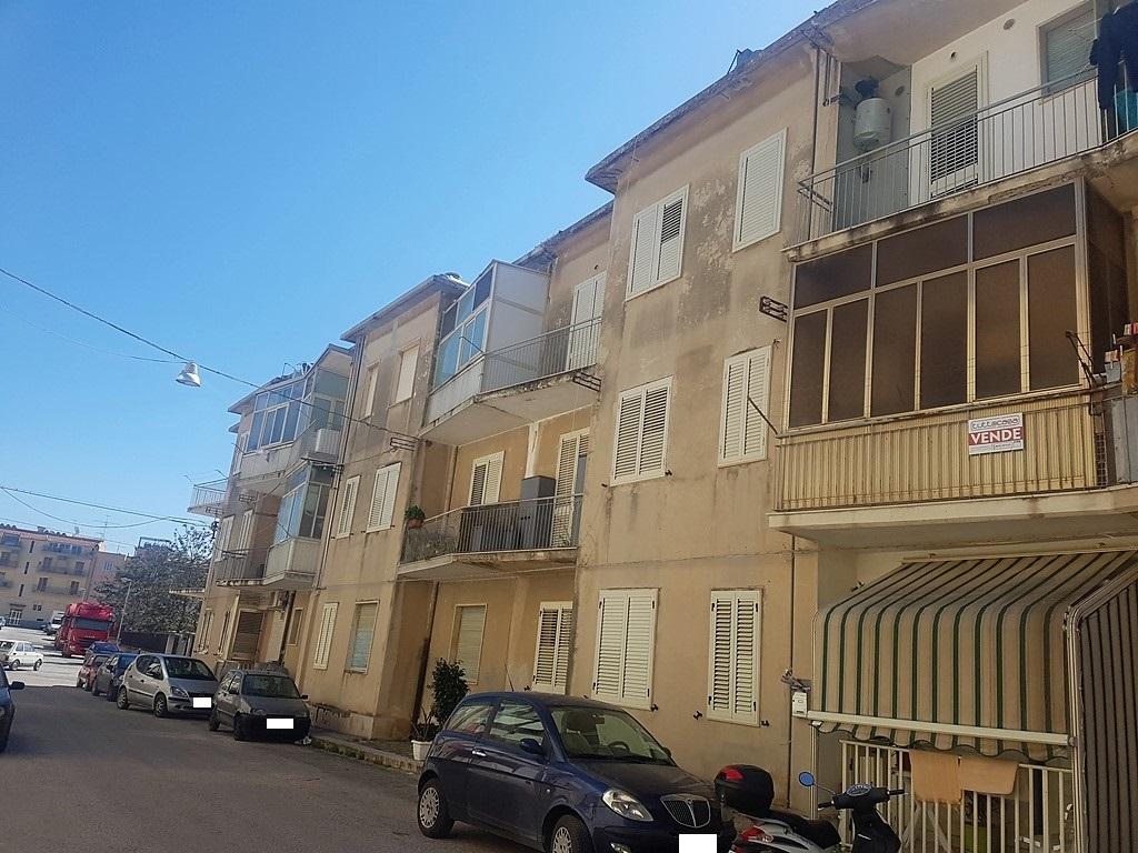 Appartamento in vendita a Scicli, 4 locali, zona Zona: Iungi, prezzo € 90.000 | CambioCasa.it