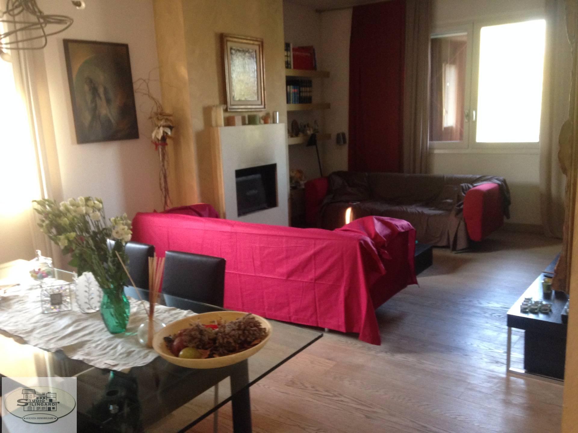 Villa in vendita a Formigine, 15 locali, zona Località: Formigine, Trattative riservate | CambioCasa.it