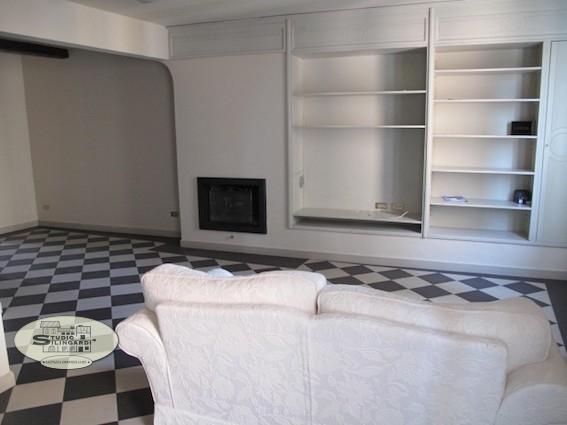 Appartamento in affitto a Formigine, 6 locali, zona Località: Formigine, prezzo € 1.100 | CambioCasa.it